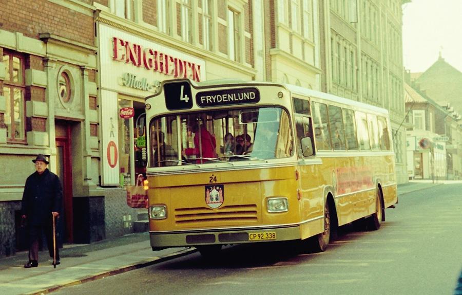 Århus Sporveje 24/CP92338 i Brammersgade i Århus den 30. marts 1974