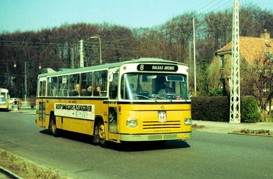 Århus Sporveje 95/AD94943 i Marienlund i Århus den 31. marts 1974