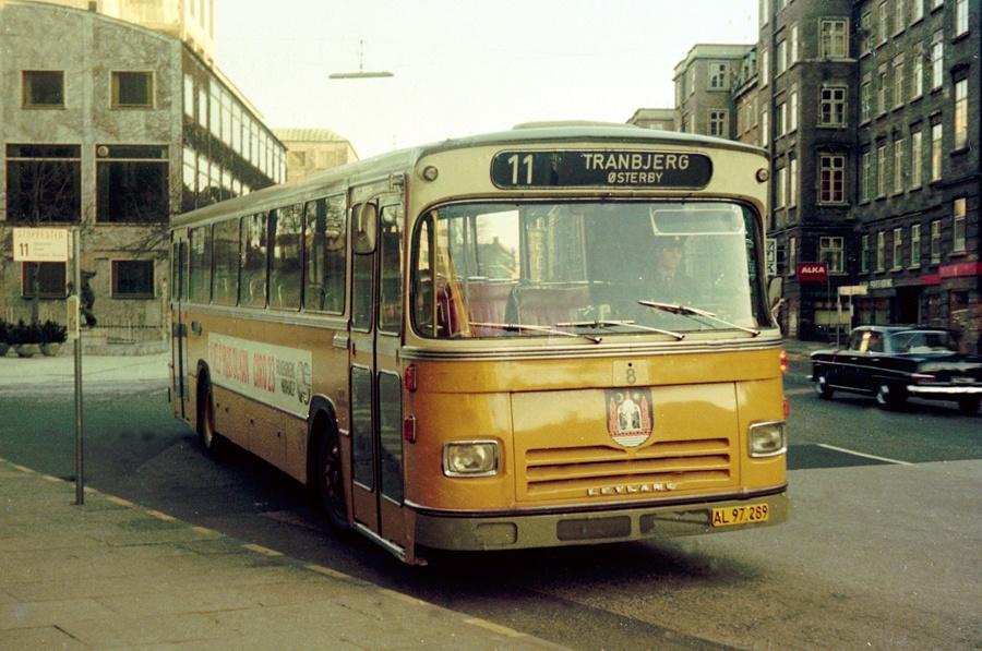Århus Sporveje 8/AL97289 på Banegårdspladsen i Århus den 16. marts 1975