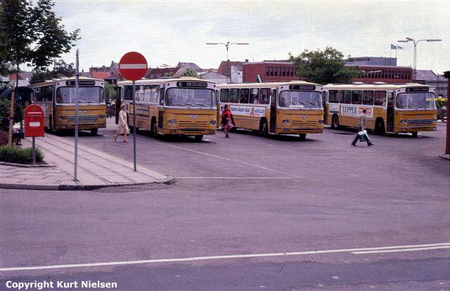 Leyland-bybusser fra DSB på bybuscentralen i Kolding 1979.