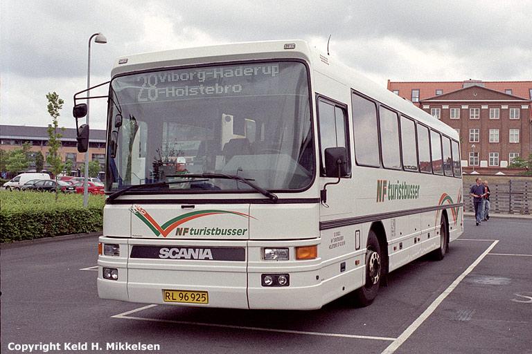 NF Turistbusser 52/RL96925 i Viborg den 12. august 2006