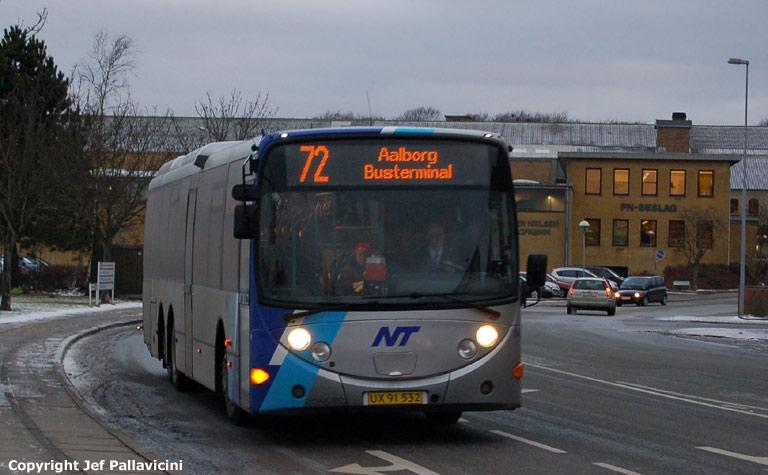 Arriva 8497/UX91532 ved Brønderslev station den 4. januar 2008