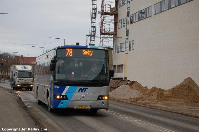 Arriva 8502/UX95679 på Parallelvej i Hjørring den 4. januar 2008
