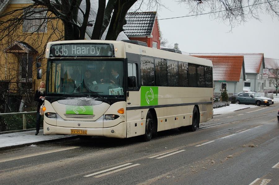Arriva 2795/RV95382 i Tommerup den 7. januar 2008