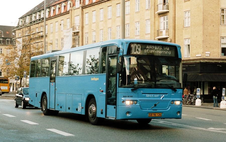Bent Thykjær 152/SB96126 på Banegårdspladsen i Århus den 4. oktober 2003