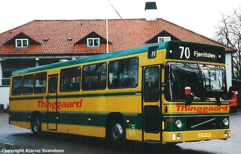 Thinggaard 203/JZ95937 ved Skydepavillionen i Aalborg i april 1995