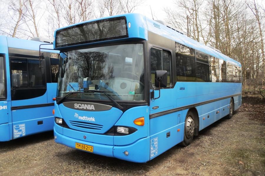 Arriva 3319/TM88212 i Faarup den 28. februar 2015