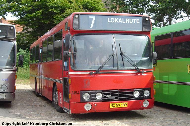 Wulff Bus 3154/MZ89389 i Vinderup den 27. juli 2006