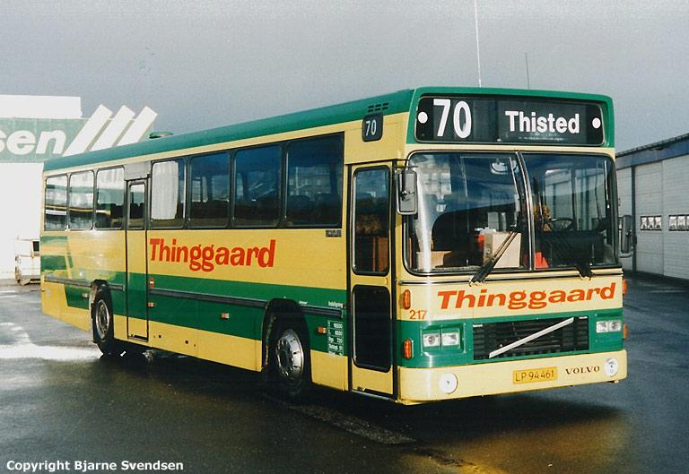 Thinggaard 217/LP94461 på Aalborg rutebilstation i april 1995