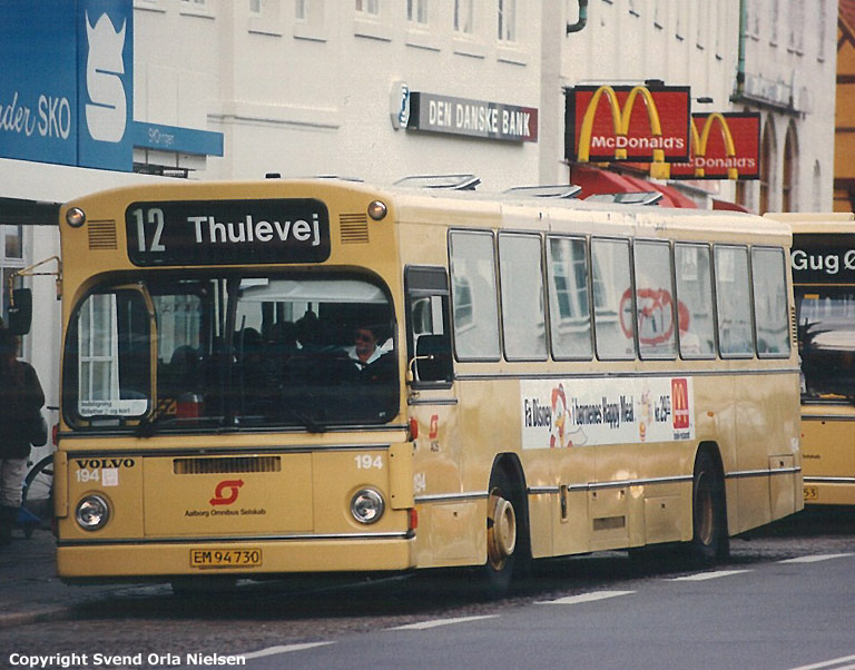 Aalborg Omnibus Selskab 194/EM94730 på Østerå i Aalborg i foråret 1995