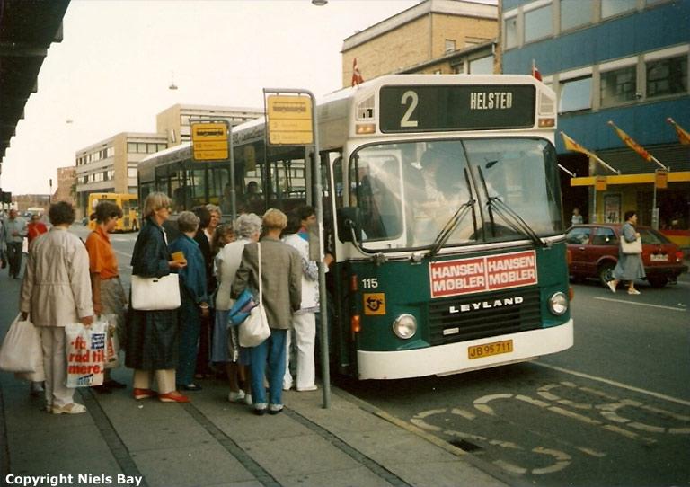 Randers Byomnibusser 115/JB95711 på Dytmærsken i Randers den 10. august 1990