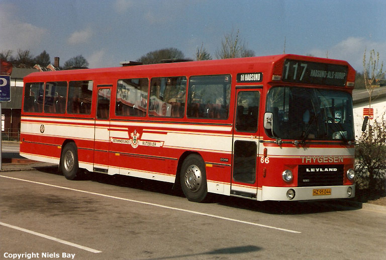 Østhimmerlands Rutebiler 66/HZ95044 på Hobro rtb. den 6. maj 1988