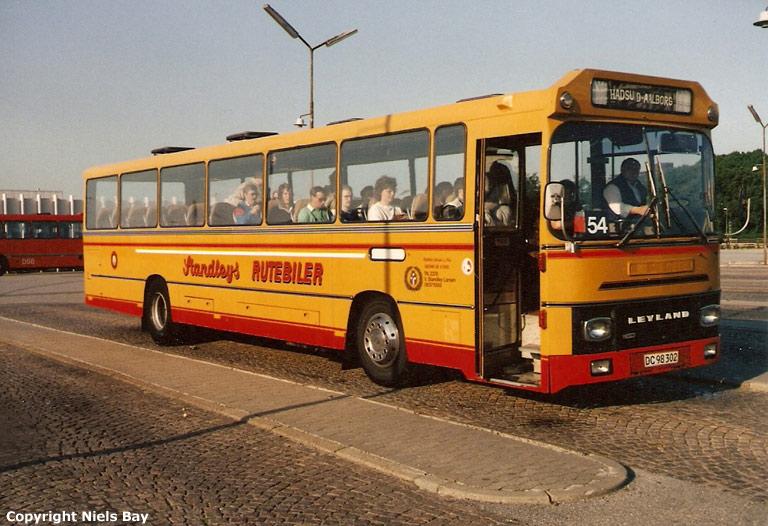 Standleys Rutebiler 10/DC98302 på Aalborg rutebilstation den 25. maj 1989