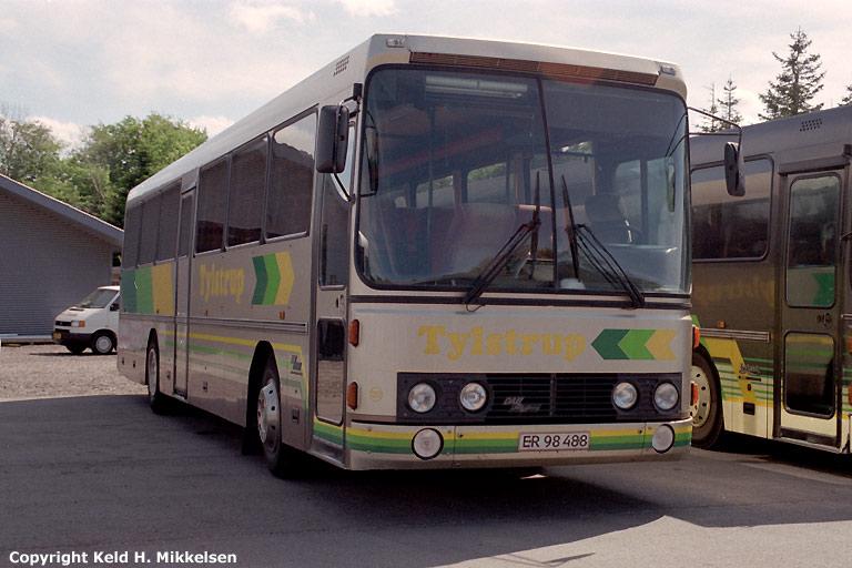 Tylstrup Busser 120/ER98488 i garagen i Tylstrup den 26. maj 2007