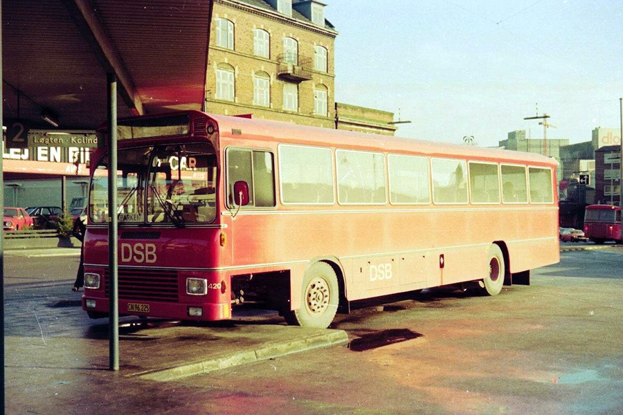 DSB 420/CN96225 på Århus rtb. den 1. februar 1975