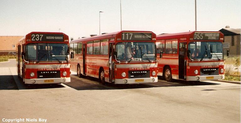 Østhimmerlands Rutebiler 63/HT96134, 66/HZ95044 og 69/HZ95277 på Hadsund rtb. den 4. juli 1989
