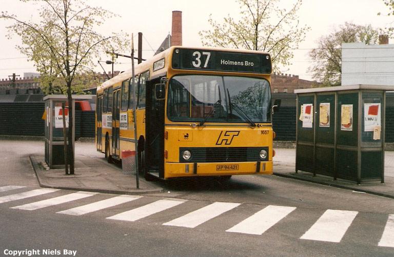 HT 1657/JP94421 ved Valby st. den 5. maj 1989