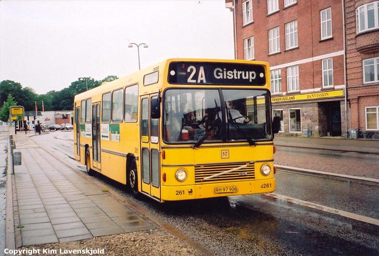 Arriva 4261/RH97908 i Aalborg i 2002