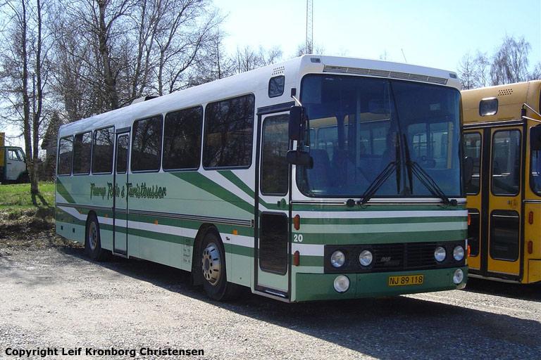 Faarup Rute- og Turistbusser 20/NJ89118 i Faarup den 22. april 2006