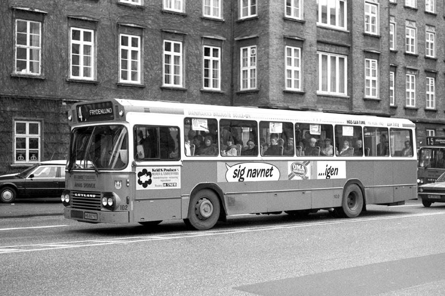 Århus Sporveje 102/HB88797 på Rådhuspladsen i Århus den 12. februar 1988