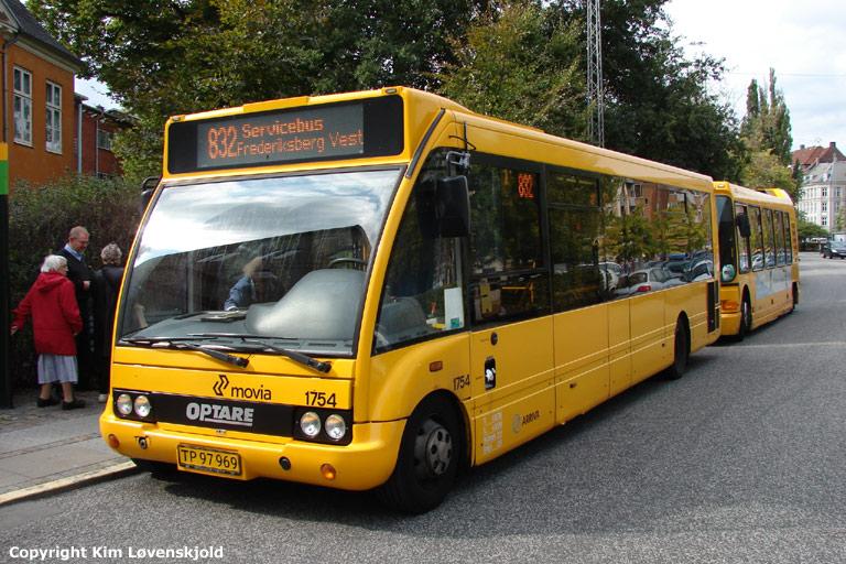 Arriva 1754/TP97969 ved Frederiksberg Rådhus den 16. september 2008