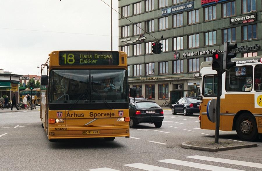 Århus Sporveje 372/RD91791 på Banegårdspladsen i Århus den 28. juni 2000