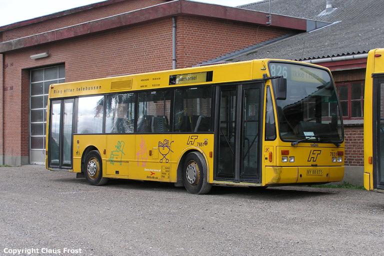 Østtrafik 7651/NY88835 i garagen i Hårlev den 11. september 2005