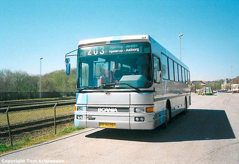 Burskovs Rutebiler 20/PP94284 ved Hjørring st. i 2000