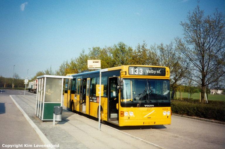 Linjebus 6204/NU88710 ved Avedøre st. den 17. april 1995