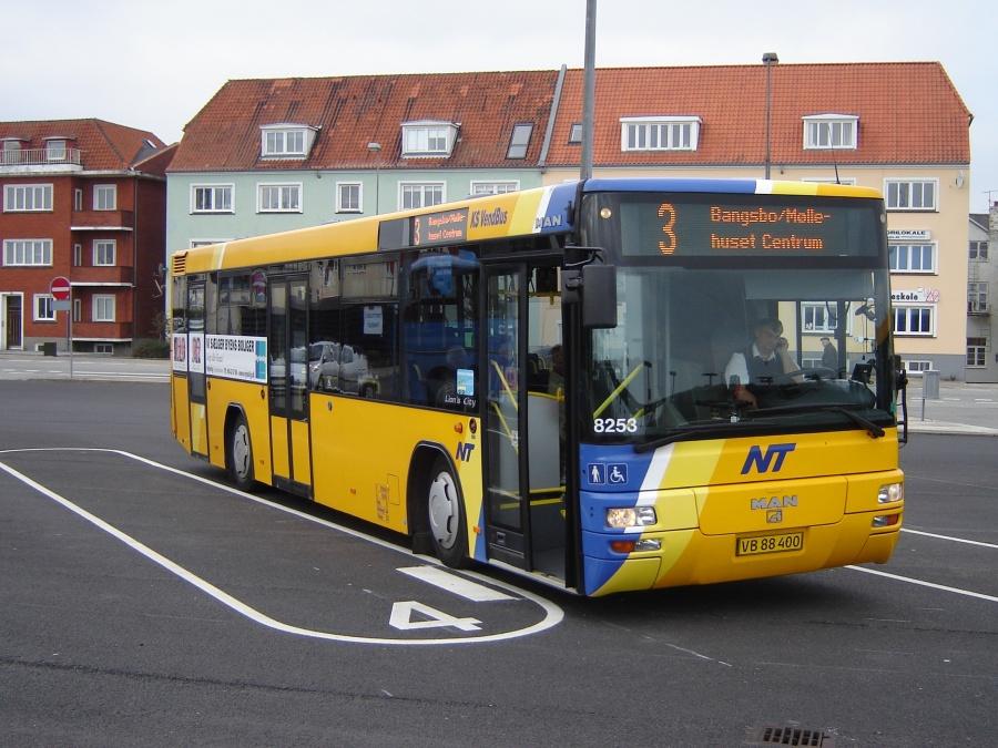 K/S Vendbus 8253/VB88400 på Frederikshavn Busterminal den 9. oktober 2010