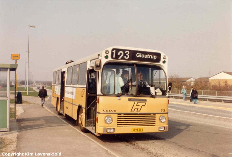 HT 613/CU94104 på Halland Boulevard i Høje Taastrup i maj 1988