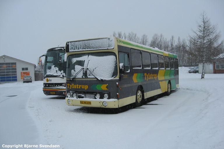 Tylstrup Busser 154/RE96439 i Industrikvarteret i Aabybro den 16. februar 2009