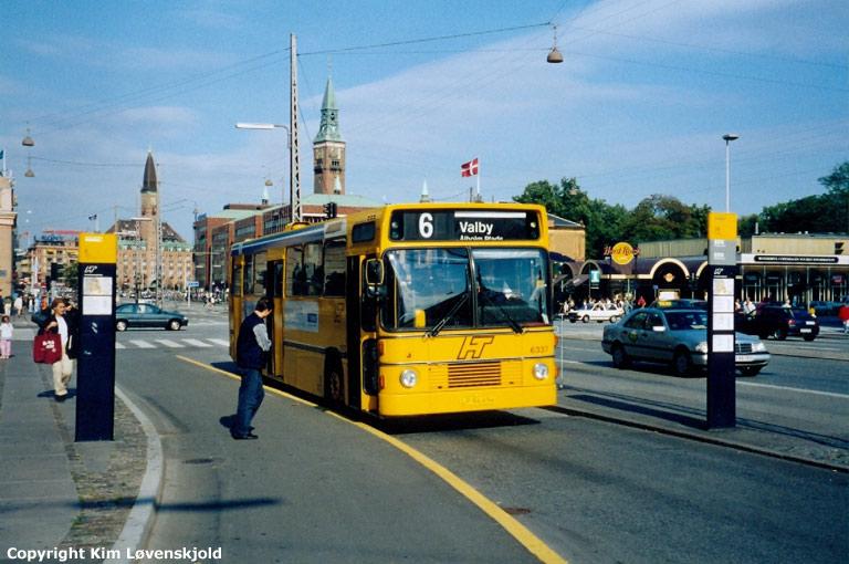 Bus Danmark 6337/LP94494 (lånebus) på Vesterbrogade i København i 1998