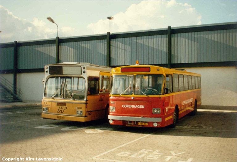 HT 540/BM95085 og Odense Bytrafik 71/BJ88007 som lånebusser i Kastrup Lufthavn i 1986