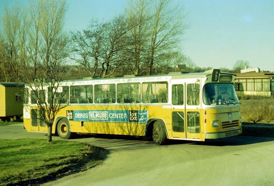 Århus Sporveje 148/BK93216 ved Åkrogen i Århus den 15. februar 1975