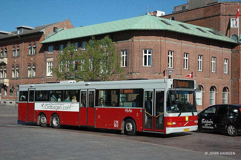 Tide Bus 38/SM90327 på Klosterbakken i Odense den 29. maj 2009