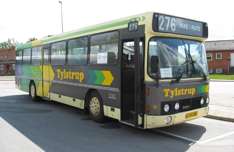 Tylstrup Busser 129/LH94583 ved Sulsted skole den 22. maj 2009