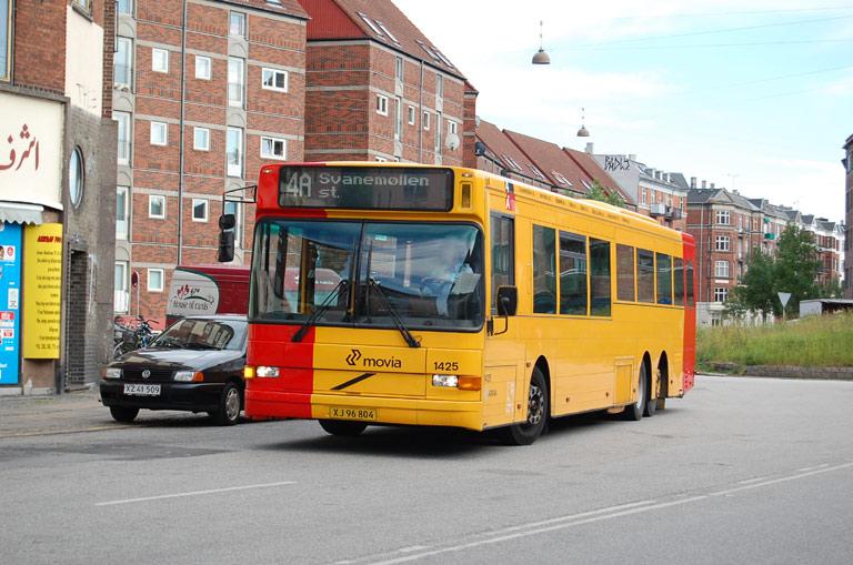 Arriva 1425/XJ96804 ved Nørrebro st. den 8. juni 2009