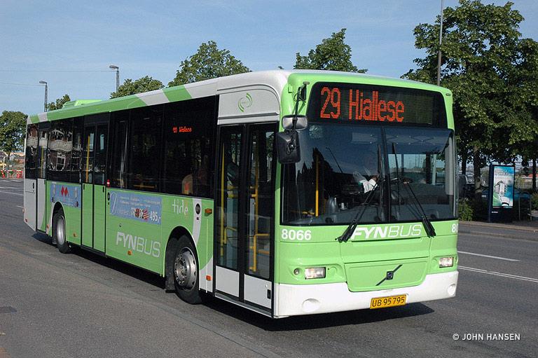 Tide Bus 8066/UB95795 på Østre Stationsvej i Odense den 16. juni 2009