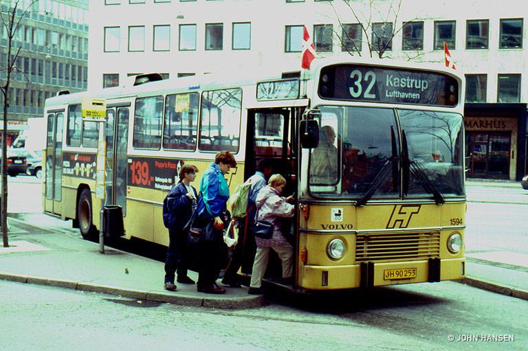 HT 1594/JH90253 på Rådhuspladsen i København den 14. april 1994