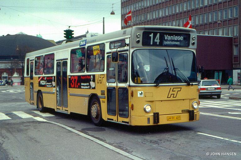 HT 1564/JH91403 ved Vesterport i København den 14. april 1994