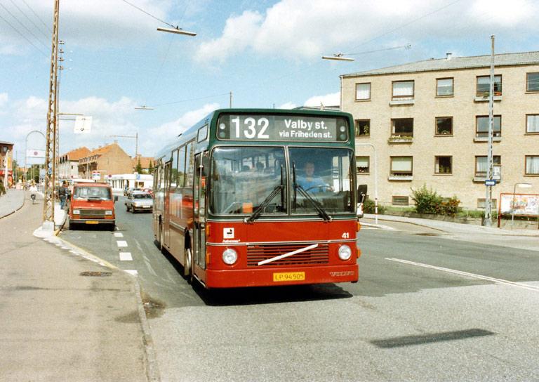 Hvidovre Rutebiler 41/LP94505 på Gl. Køge Landevej i Hvidovre i 1989