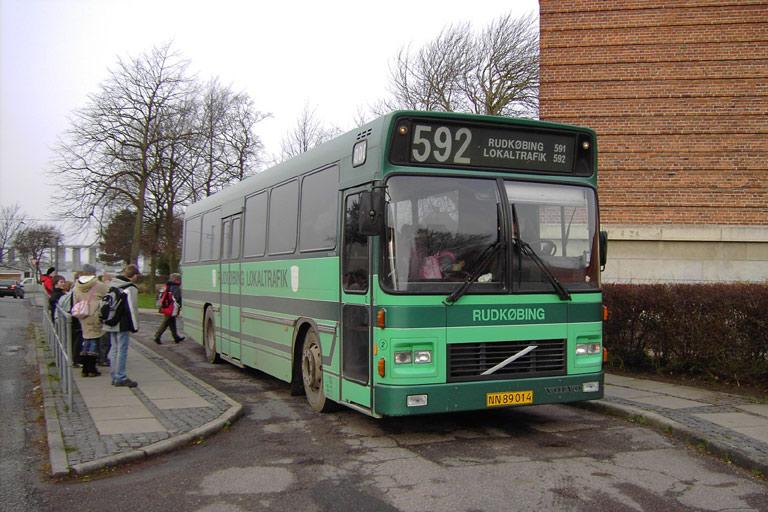 Bergholdt 2/NN89014 ved Rudkøbing skole den 13. december 2006