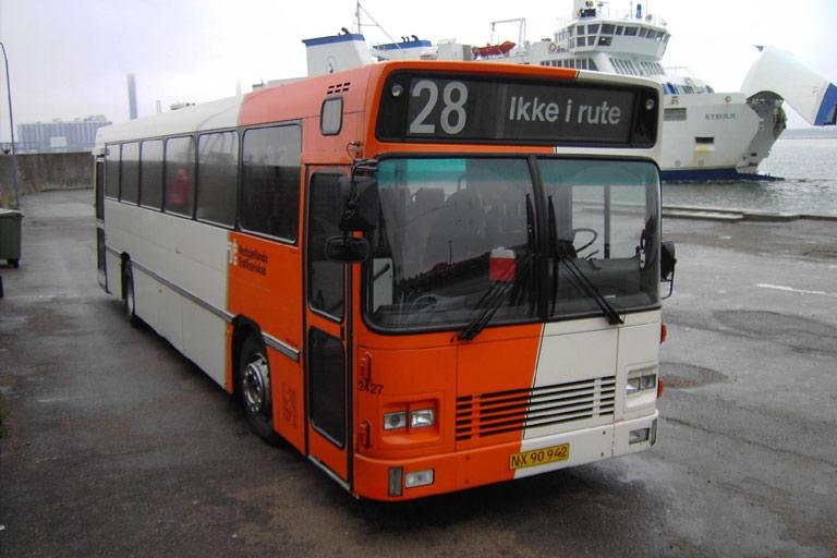 Arriva 2427/NX90942 i Kalundborg den 6. september 2006