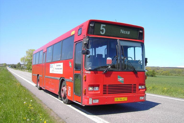 Veolia 7448/OB94427 nær Nexø den 2. juni 2006