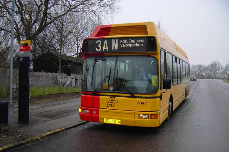 Connex 5047/OZ91814 ved Valbyparken i København den 1. april 2006
