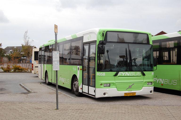 Tide Bus 8058/TN93567 på Faaborg rtb. den 10. oktober 2009