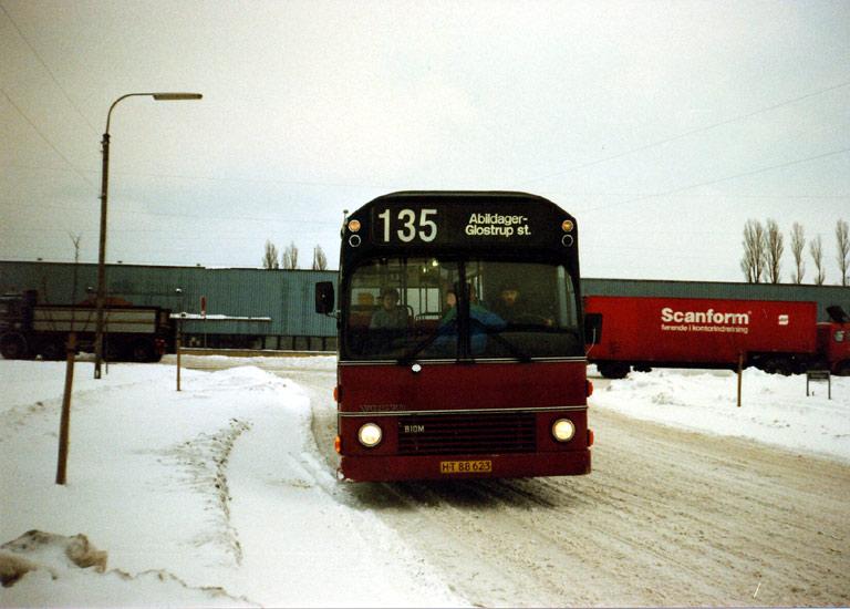 Hvidovre Rutebiler 07/HT88623 på Abildager i Glostrup i januar 1987