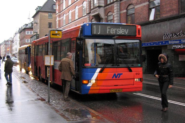 City-Trafik 612/SJ89600 på Borgergade i Aalborg den 10. december 2009