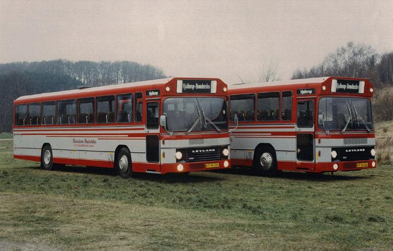 DAB leveringsfoto af Burskovs Rutebiler HT96285 og HT96284